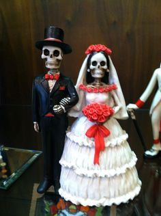 My mother found this wedding topper in a Store on Hawthorn in Portland Oregon. So feel like I NEED this.