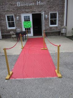 twocraftingmoms: Rock Star Themed Mother/Daughter Event  Red Carpet: a nice touch!