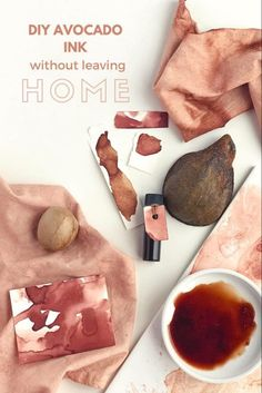 DIY avocado ink without leaving home – melissa mary jenkins art Leaving Home, Tinta Natural, Natural Dye Fabric, Natural Dyeing, Impression Textile, Homemade Paint, Diy Inspiration, Journal Inspiration, Diy Home Crafts