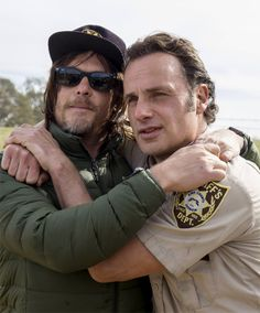 Norman Reedus and Andrew Lincoln behind the scenes of 8.16 – Wrath