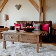 Hartford-rustic-oak-furniture-living-room-coffee-table-with-4-drawers-0