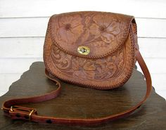vintage 1970s tooled leather purse / hand tooled by theragandbone, $68.00