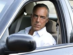 Still of Titus Welliver in Harry Bosch - A nyomozó (2014)