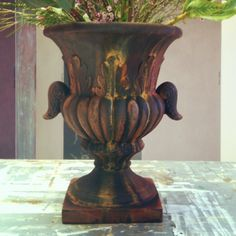 Painted plastic urn with Sydney Harbour Paints Liquid Iron/Instant Rust