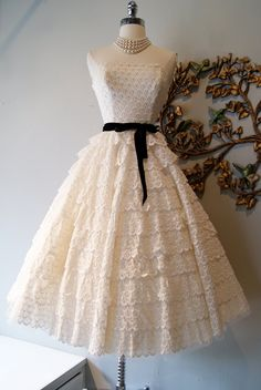 Wedding Dress // 50s Dress //  Vintage 1950s Strapless White Lace Wedding Dress by Cotillion Original Size XS. $495.00, via Etsy.