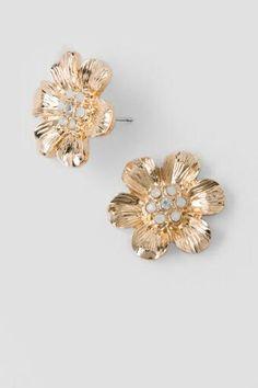 #francescas Lilia Flower Stud. Love the gold!