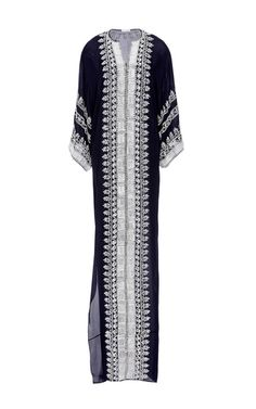 This embroidered three-quarter sleeve **Oscar de la Renta** caftan features a shallow split v-neck, drop shoulder sleeves and a straight skirt with a split at the side.