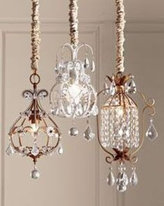 - Whether you're creating, redecorating, or currently have a cozy rustic-style home, a fantastic addition to the space is a rustic chandelier. lamp Beautiful Chandelier Lamp For Your Bedroom Chandelier Lamp Shades, Rustic Chandelier, Chandelier Lighting, Closet Chandelier, Chandelier Ideas, Vintage Chandelier, Chandeliers, Diy Luminaire, Design Rustique