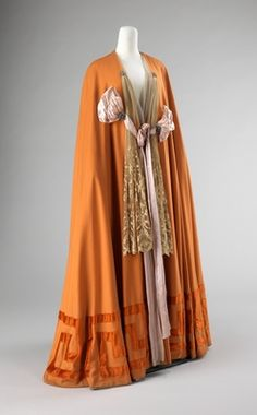 Evening cape by Jacques Doucet via Costume Institute Medium: wool, silk, rhinestones Brooklyn Museum Costume Collection at The Metropolitan Museum of Art, Gift of the Brooklyn Museum, Gift of. Vintage Outfits, Vintage Gowns, Vintage Mode, 1900s Fashion, Edwardian Fashion, Vintage Fashion, Edwardian Era, Historical Costume, Historical Clothing