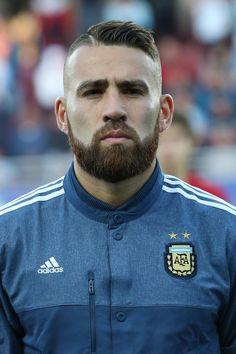 Manchester United expected to make fresh transfer offer for Valencia's Nicolas Otamendi this week