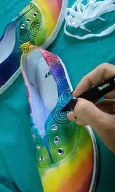 Aprende cómo pintar y decorar zapatos paso a paso ~ Mimundomanual