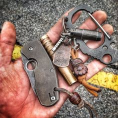 How about an EDC picture thread? Edc Tools, Survival Tools, Camping Survival, Edc Carry, Edc Everyday Carry, What Is Edc, Tiny House, Tac Gear, Edc Knife