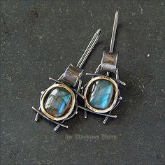 Jewelry | Jewellery | ジュエリー | Bijoux | Gioielli | Joyas | Art | Arte | Création Artistique | Artisan | Precious Metals | Jewels | Settings | Textures | Strukova Elena - авторские украшения - Серьги с лабрадорами