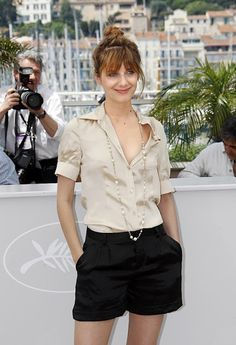 Melanie Laurent always looks amazing and completely effortless.  Always.  How French of her.