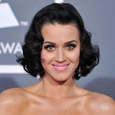 EMAN makeup artist: Katy Perry Holiday Makeup Look