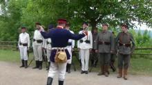 Datei:Preussische Soldaten exerzieren.ogg