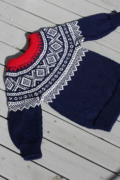Ravelry: Marius med rundfelling for barn pattern by Unn Søiland Dale Fair Isle Knitting Patterns, Ravelry, Amanda, Calm, Boutique, Knitting Sweaters, Boutiques