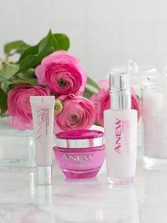 Powered by VitaTone Complex, ANEW Vitale helps fight the look of sleep-deprived skin for a more radiant appearance and youthful glow. #AvonRep