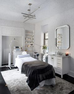 Home Spa Room, Spa Room Decor, Beauty Room Decor, Spa Rooms, Beauty Treatment Room, Treatment Rooms, Spa Room Ideas Estheticians, Schönheitssalon Design, Design Color