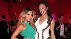 De vriendschap tussen Sylvie Meis (41) en Lilly Becker (43) houdt al jaren stand. De Nederlandse dames zijn allebei ware sterren in Duitsland, maar hebben nog meer overeenkomsten die hen verenigen, vertellen ze in 'Bild.' Gossip News, Tottenham Hotspur, Band, Formal Dresses, Fashion, Fashion Styles, Dresses For Formal, Moda, Sash