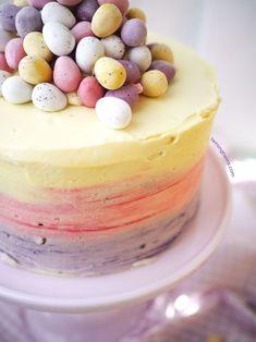 Mini Egg Easter Ombré Pinata Cake - ELLEDecor.com