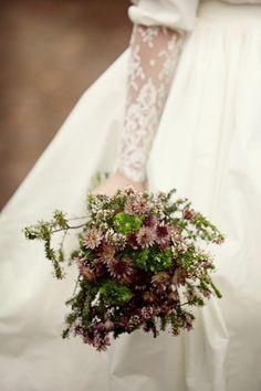 Vestodo de novia con puños de encaje