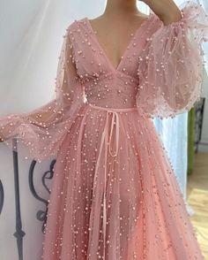 Elegant Dresses, Pretty Dresses, Beautiful Dresses, Pink Formal Dresses, Fitted Dresses, Dresses With Sleeves, Ball Dresses, Ball Gowns, Evening Dresses