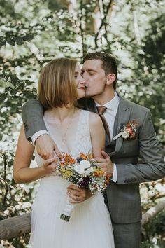 Wedding Ceremony Programs, Wedding Ceremony Decorations, Ceremony Backdrop, Top Wedding Trends, Photographers, Backdrops, Wedding Planning, Wedding Inspiration, Wedding Photography