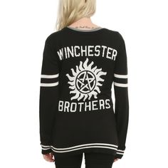 Hot Topic Supernatural Winchester Brothers Girls Cardigan (775 CZK) ❤ liked on Polyvore featuring tops, cardigans, jackets, supernatural, sweaters, fandom, knit top, embroidered cardigan, knit cardigan and embroidered top