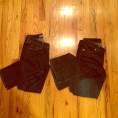 Double Denim Bundle Old Navy Denim. The skinny leg Sweetheart (short) cut and the flared leg (regular) diva cut. Great used condition. Old Navy Jeans Skinny