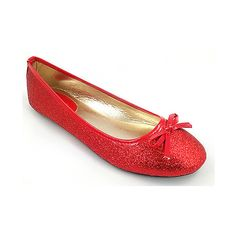 Ositos Shoes Red Glitter Flat ($6.99) ❤ liked on Polyvore featuring shoes, flats, flat shoes, red flats, red glitter shoes, red patent leather flats and patent flats