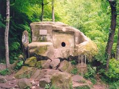 Caucasian Dolmens - what were they for?