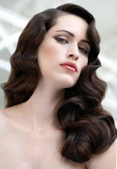 Vintage Hairstyles For Prom Gatsby Hair 64 Super Ideas Great Gatsby Hairstyles, Vintage Hairstyles For Long Hair, Retro Hairstyles, Wave Hairstyles, Prom Hairstyles, Vintage Long Hair, Hairdos, Finger Wave Hairstyle, Brunette Hairstyles