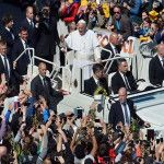 Papa Francisco en el rezo del Ángelus: El Papa a los jóvenes ¡Prosigan con misericordia su camino hacia Cracovia!