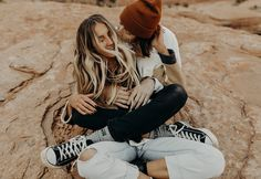 Engagement Outfits, Engagement Couple, Engagement Pictures, Engagement Session, Couple Posing, Couple Shoot, Hipster Couple, Couple Outfits, Love People