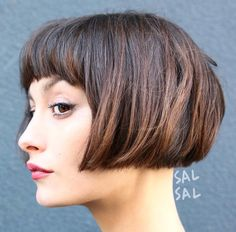 40 most flattering Bob hairstyles for round faces 2018 - Top Trends Short Bobs Haircuts Look Sexy and Charming! Bob Hairstyles For Round Face, Medium Bob Hairstyles, Cool Hairstyles, Bob Haircuts, Hairstyle Ideas, Bob Hairstyles 2018, Fashion Hairstyles, Hair Styles 2016, Curly Hair Styles
