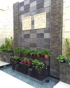 A Bit Self-help Guide To A Lovely Garden - Simple Garden Ideas Pond Design, Garden Design, House Design, Modern Courtyard, Indoor Waterfall, Minimalist Garden, Minimalist Bedroom, Indoor Fountain, Water Walls