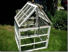 greenhouse out of old window panes. although watch out for the old led paint… Source by jenmauldin Pallet Greenhouse, Outdoor Greenhouse, Cheap Greenhouse, Greenhouse Plans, Window Greenhouse, Mini Greenhouse, Rustic Greenhouses, Old Window Panes, Glass Conservatory