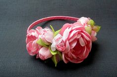 Handmade headband with roses in soft pink, handmade head piece, headband with roses button