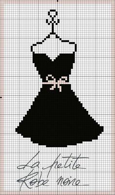 la petite robe en noire                                                                                                                                                      More