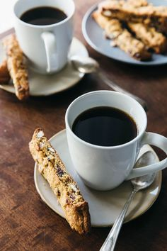 These gluten-free, paleo biscotti are made from almond flour and filled with dried cranberries and whole almonds. They're crunchy, sweet and delicious. Gluten Free Sweets, Paleo Dessert, Healthy Sweets, Gluten Free Recipes, Dessert Recipes, Kosher Recipes, Cookie Recipes, Paleo Baking, Gluten Free Baking