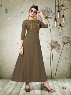 Pakistani Dress Design, Pakistani Dresses, Indian Dresses, Fancy Suit, Kurti Neck Designs, Designer Dresses, Designer Kurtis, Indian Ethnic Wear, Indian Designer Wear