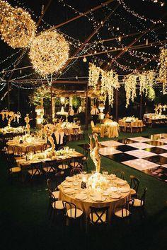 bodas en jardin de noche con luces