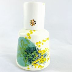 I love it!  Awesome Etsy listing at https://www.etsy.com/pt/listing/254782381/ceramic-bottle-handmade-ceramic-jar