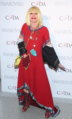 Betsey Johnson to be honored with lifetime achievement award   Page ...