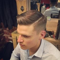 Side parting business… #styling #photooftheday #hair #fade #classic #beer #instagood #vintage #barberlife #barber #hairstyle #haircut #barbershopconnect #model #men #beard #barbershop #happy #menstyle #mensfashion #style #fashion #tattoo #menswear #music #boys #london #male #shoreditch #bucksbarbers ✂️