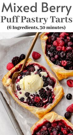 Mixed Berry Puff Pastry Tarts Make these delicious Puff Pastry Tarts with your favorite mixed berries! You will need only 6 ingredients, 30 minutes, and your super simple and tasty dessert is ready! Puff Pastry Desserts, Puff Pastry Recipes, Köstliche Desserts, Dessert Recipes, Pastries Recipes, Desserts With Berries, Puff Pastry Tarts, Fruit Deserts Recipes, Healthy Fruit Desserts