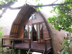 Omah Gili Accomodation: Lumbung at Omah Gili Overwater Bungalows, Beach Bungalows, Bamboo Architecture, Architecture Design, Arched Cabin, Arch Building, Hut House, Jungle House, Gili Air