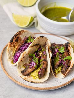 Sin Gluten, Purple Cabbage Recipes, Guacamole, Taco Meat Seasoning, Cabbage Tacos, Cilantro Chimichurri, Vegan Tortilla, Bowls, Mushroom Varieties