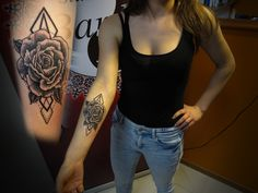#tattoo #tattooartist #ink #inked #geometric #brackandwhite #rose #rosetattoo #studio #studiobardo #bardo